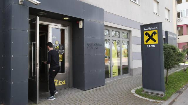 Poslovnica Raiffeisen banke u Metkoviću