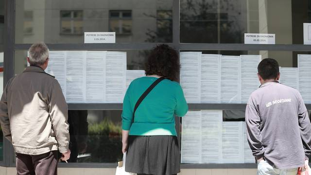 Krajem svibnja  1,4% manje zaposlenih nego u travnju