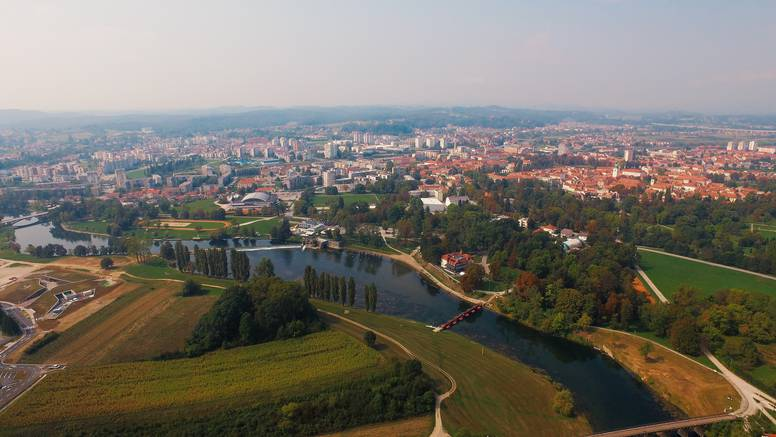 Svi putevi vode u Karlovac