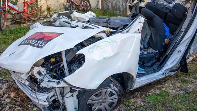 U stravičnoj nesreći na Istarskom ipsilonu noćas poginule dvije osobe