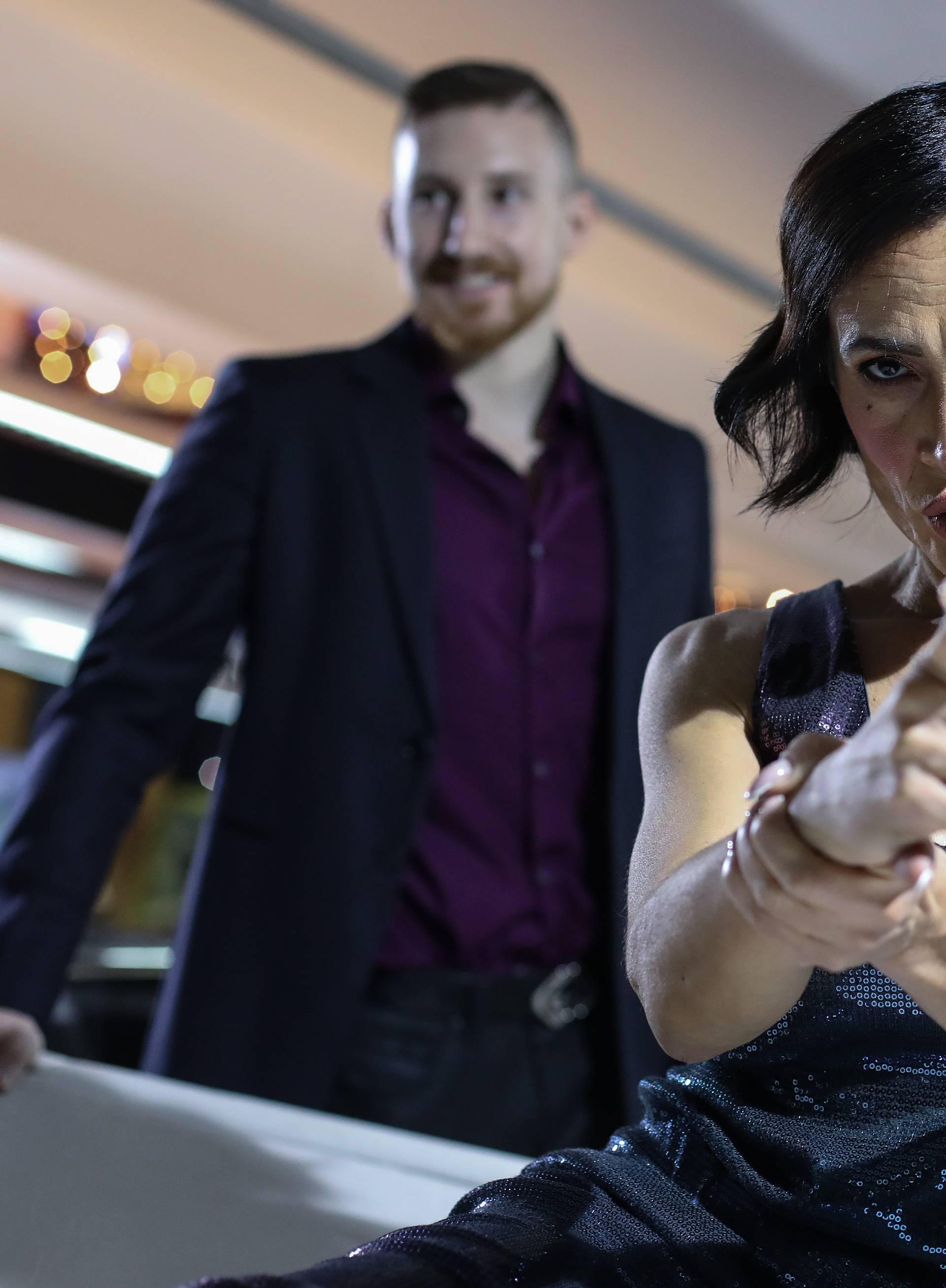 Poput James Bond djevojke: Ivana Banfić pozirala na jahti