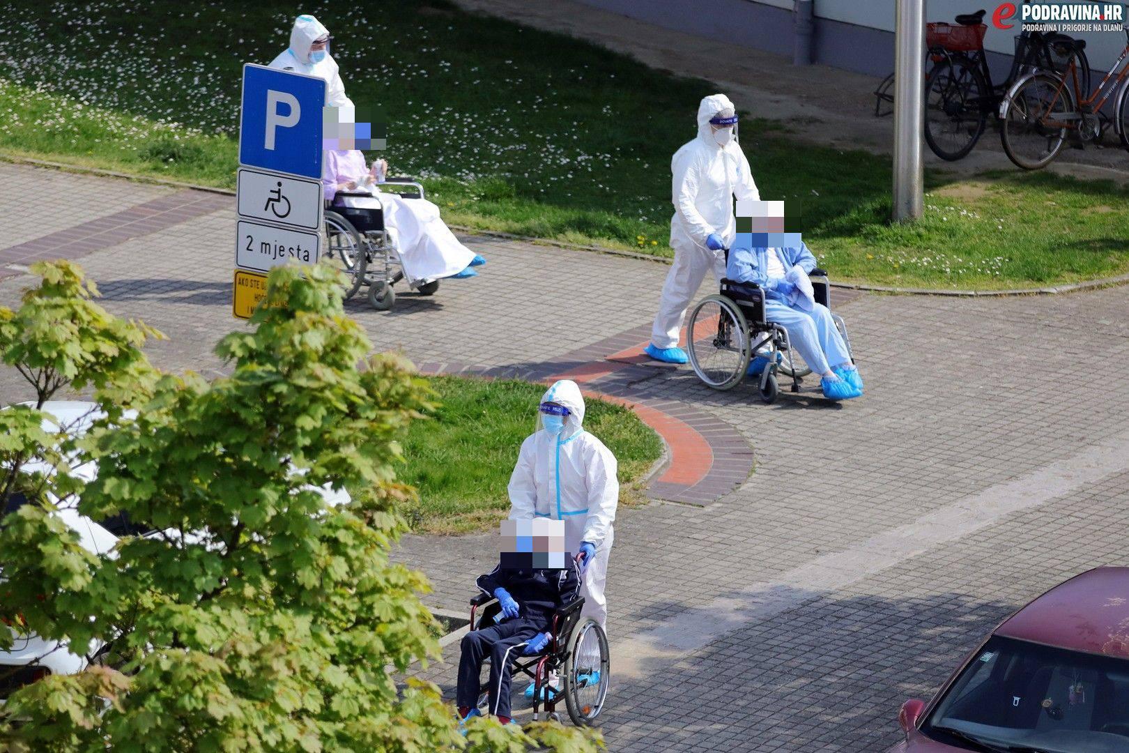 Koprivnica: Umjesto u sanitetu do bolnice ih gurali u kolicima