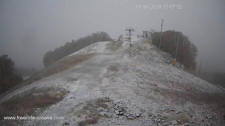 Na Platku počeo padati snijeg!