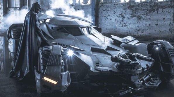 Novi Batmanov auto nije samo auto, to je pravi pravcati tenk
