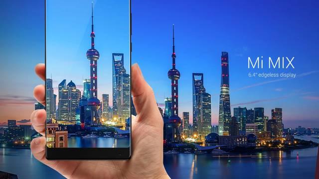 Telefon za poželjeti: Uz njega iPhone izgleda sasvim obično