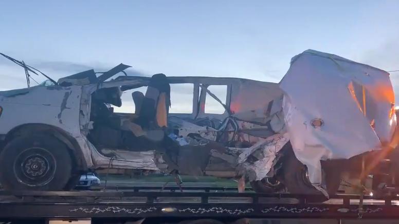 Prevrnuo se kombi s migrantima na jugu Teksasa: Poginulo najmanje 11 ljudi