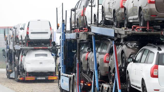 Pad prodaje automobila u Hrvatskoj bio je najveći u EU