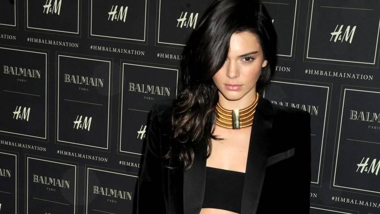Stil Kendall Jenner: Jedna boja od glave do pete za dobar look