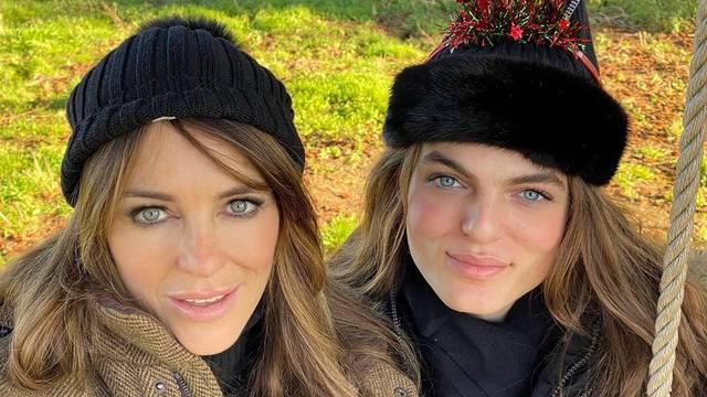 Elizabeth Hurley pozirala je sa sinom: 'Izgledate kao sestre...'