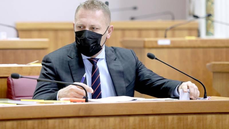 'Zahvalio sam ministru Malenici jer je poštovao zakon, a to je od jednog HDZ-ovca doista čudno'