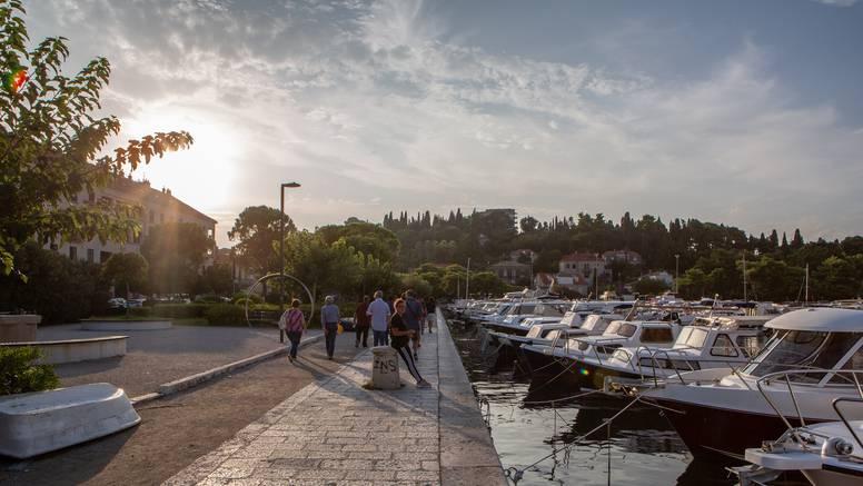 Užas u Dubrovniku: Našli muško tijelo koje pluta u moru