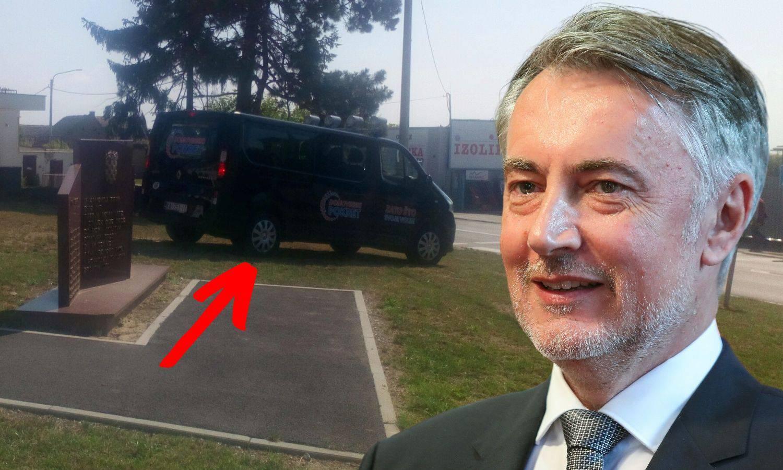 Ne dirajte im ravnicu, jer tu će parkirati. Neka kazne samo teku... Jer oni će se vratiti...