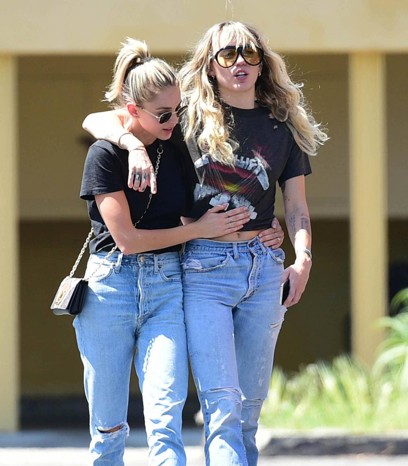 Kaitlyn Carter and Miley Cyrus Sighting - Los Angeles