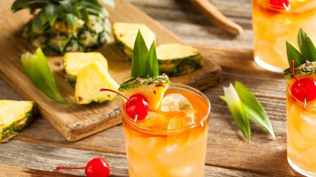 Koktel Mai Tai idealan je za opuštanje u ljetnim danima