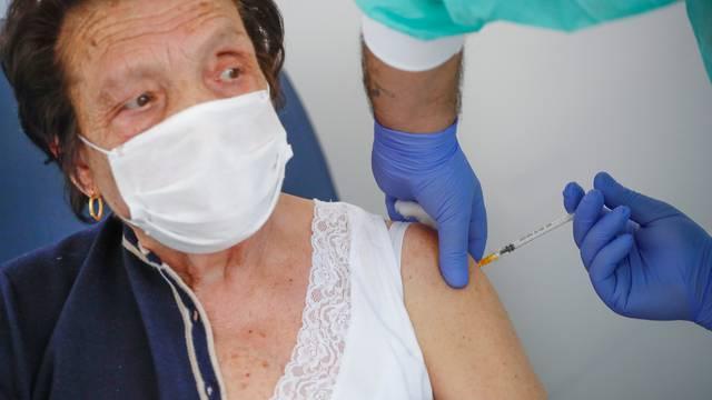 Coronavirus disease (COVID-19) vaccination in Fasano
