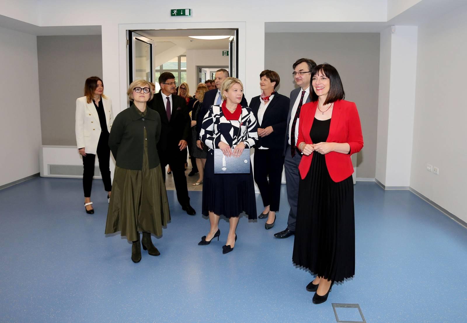 Ika: Blaženka Divjak posjetila projekt izgradnje aneksa zgrade Fakulteta za menadžment u turizmu i ugostiteljstvu