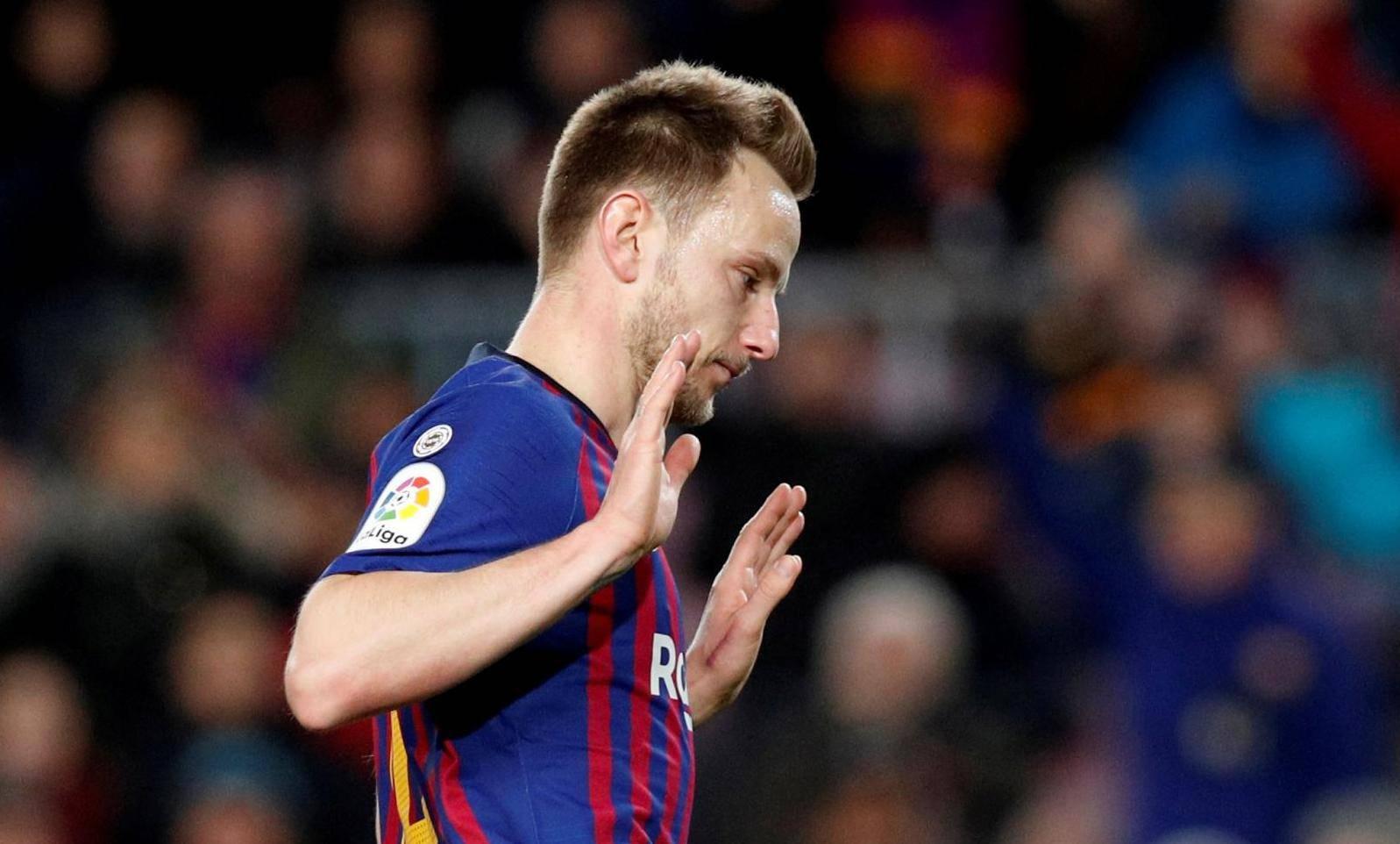 FILE PHOTO: Copa del Rey - Quarter-Final - Second Leg - FC Barcelona v Sevilla