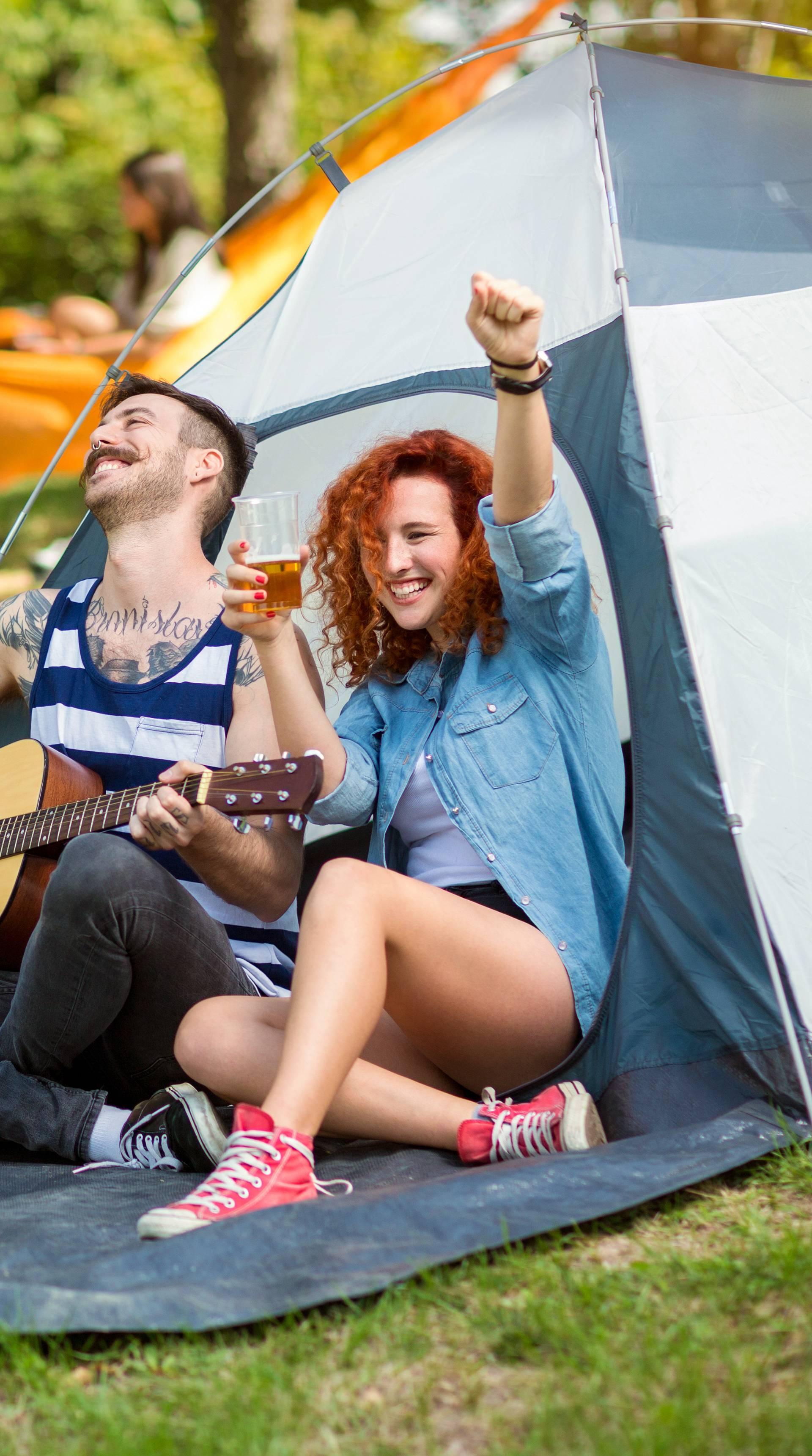 Mali vodič za kampiranje: Pripremite plan prehrane za sve dane i osigurajte dezinficijense