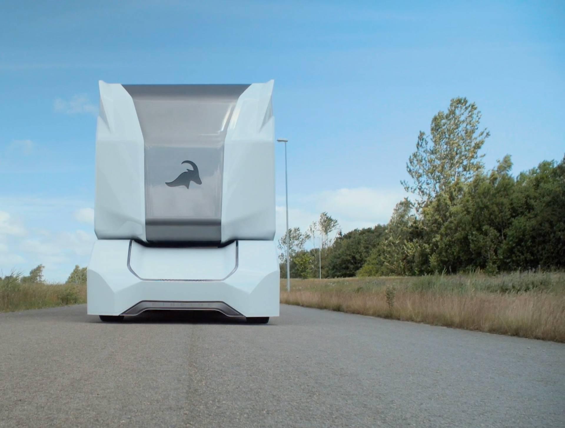 Električna šumska zvijer: Ovaj kamion sam vozi 16 tona drva