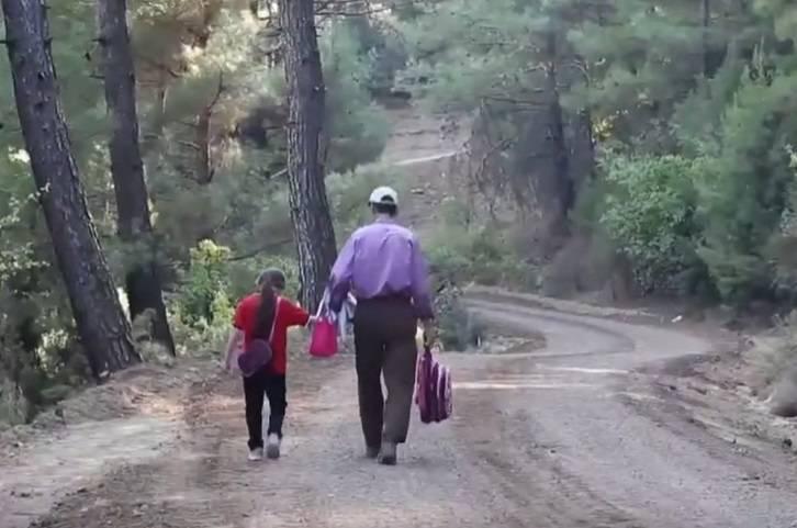 Otac sam izgradio put od 4 km da bi mu kćer mogla ići u školu