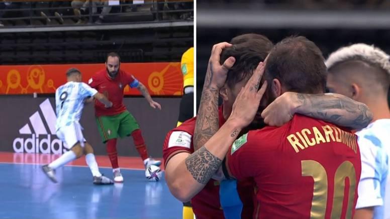 Argentinac odalamio Ricardinha u finalu, Portugal prvak svijeta