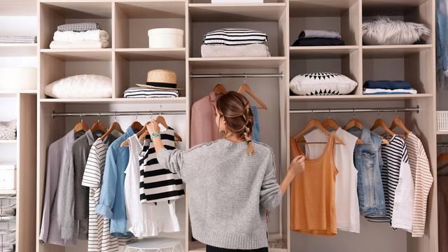 13 jednostavnih trikova uz koje se možete 'pomladiti' odjećom