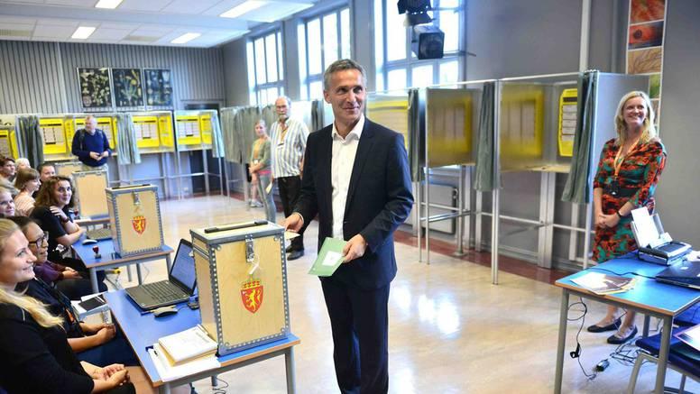 Norveški premijer je priznao poraz, pobijedila ga E. Solberg