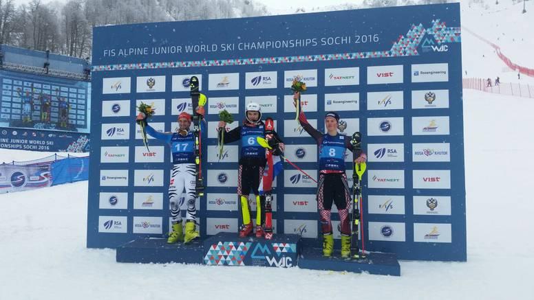 Istok Rodeš svjetski juniorski prvak u slalomu, Kolega treći!