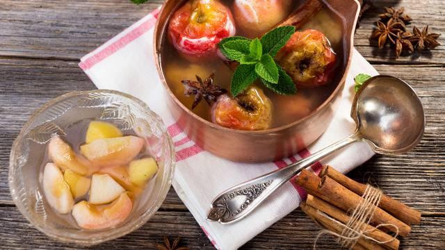 Fini jesenski desert: Najbolje kombinacije voća u kompotima