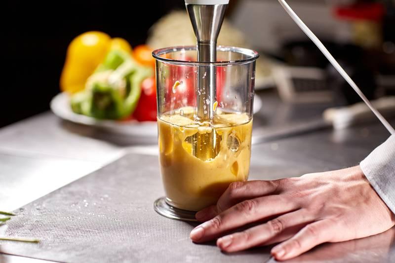 Majoneza s maslinovim uljem i jajima po receptu iz 19. stoljeća