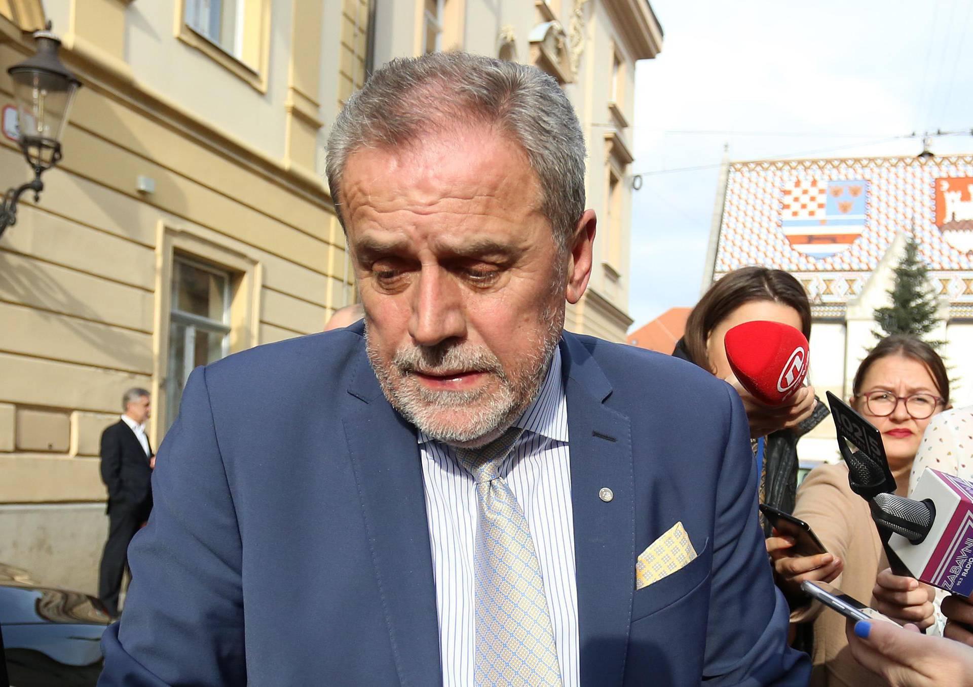 Zagreb: Gradonačelnik Bandić napustio viječnicu uoči glasovanja o proračunu