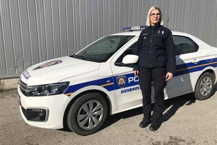 Policajka uplatila ženi izradu osobne i spasila ju velike kazne