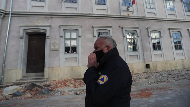 Emotivni gradonačelnik Petrinje o potresu: 'Plačem cijeli dan, u 64 godine nisam ovo doživio'