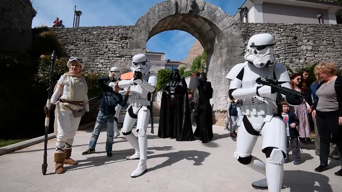 Veliko okupljanje: Darth Vader i 'stormtrooperi' okupirali Pulu