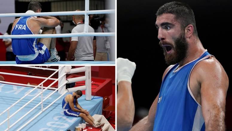 Boksač divljao i udarao po ringu pa odbio otići nakon isključenja
