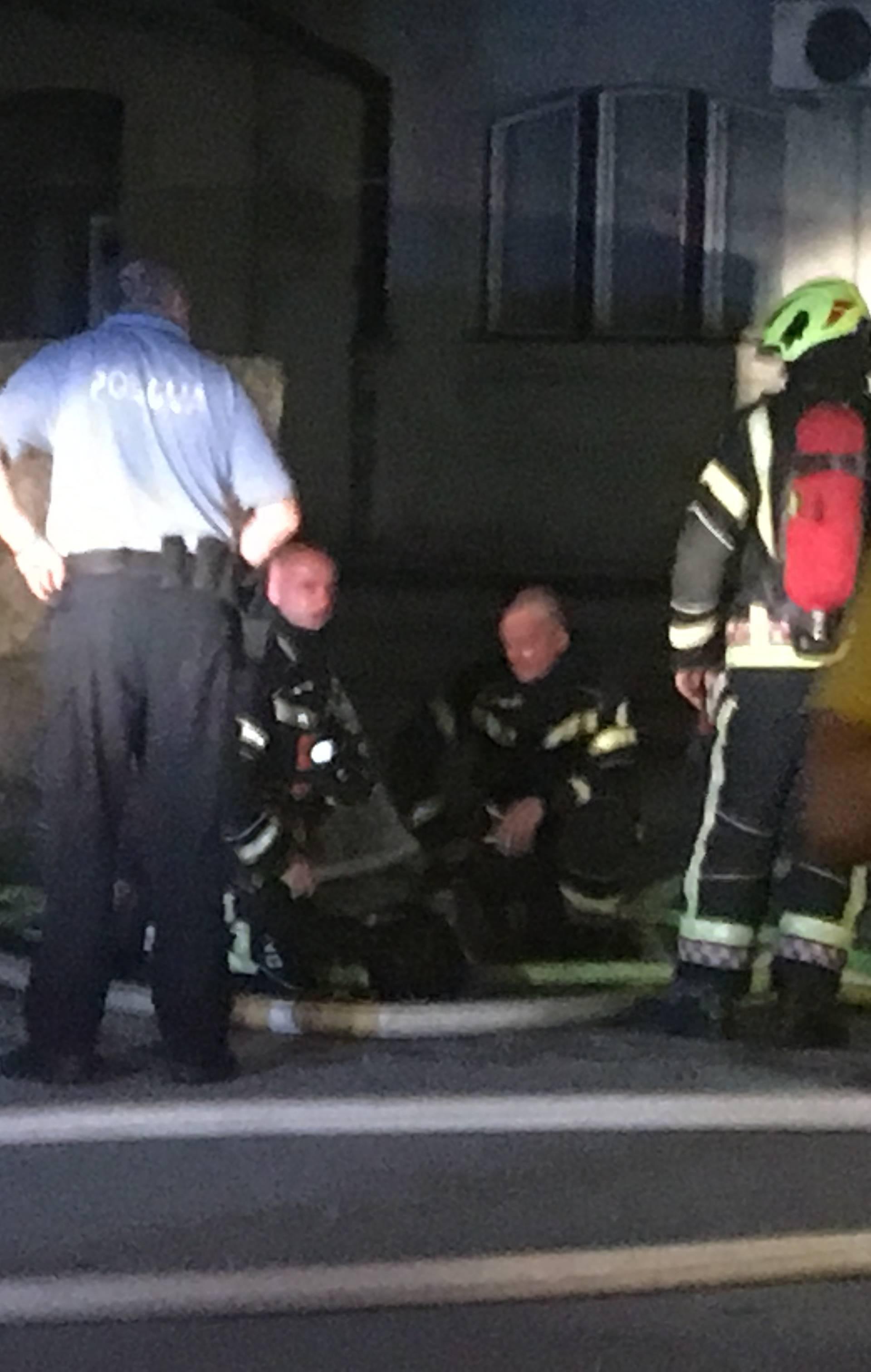 Zapalio sjedala vagona: Vatra se brzo širila, jako je smrdjelo