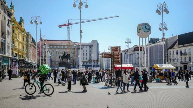 Zagreb: Glavni gradski trg 'oživio' dolaskom toplijih dana