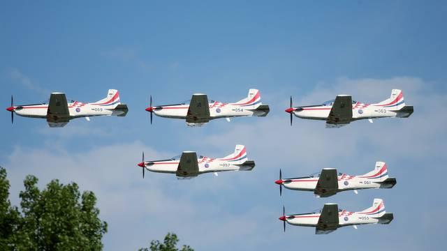 Aeromiting: Posjetitelji uživali u spektakularnom programu