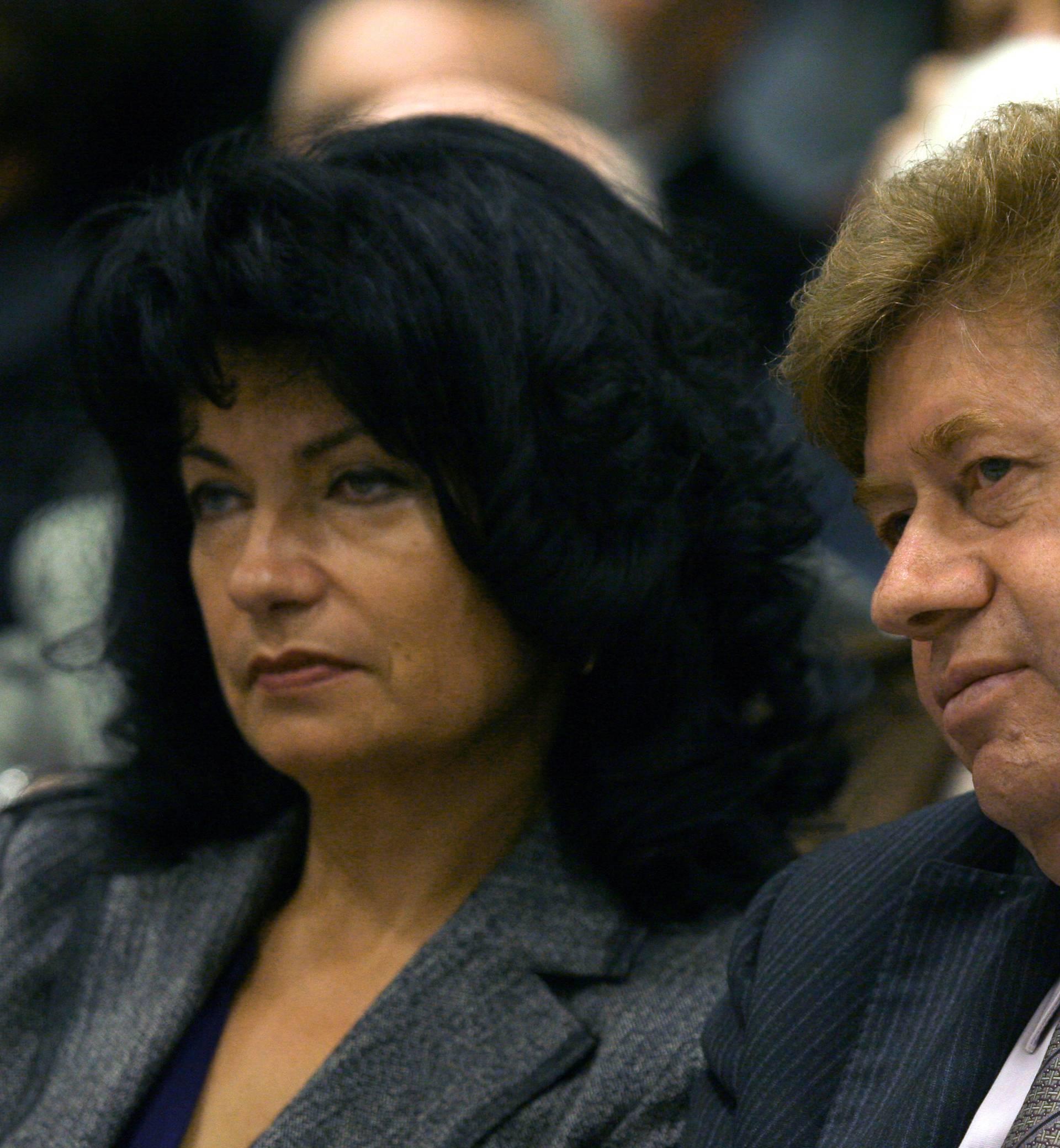 Pevec: Molim građane po kunu da mogu platiti sudsku kaznu!