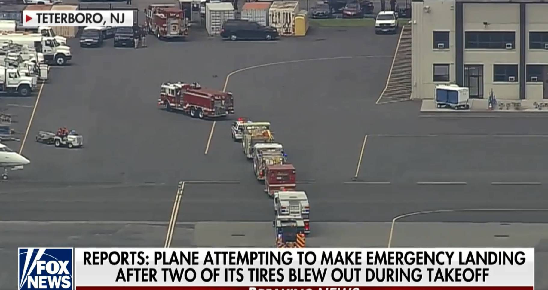 Avion kojem su pukle gume sigurno sletio u New Yorku