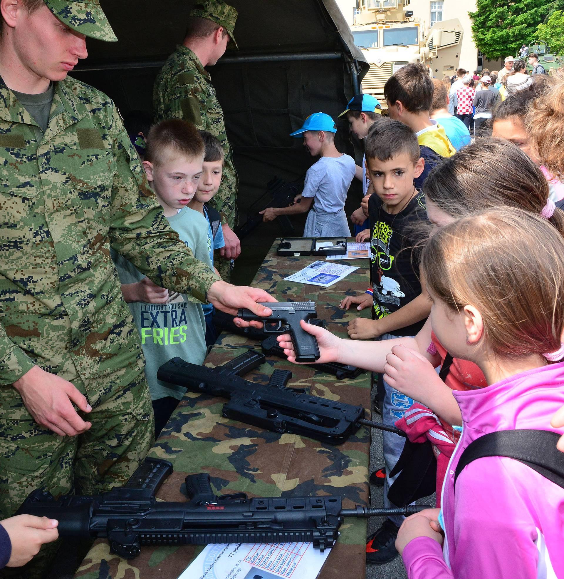 Obljetnica Oružanih snaga RH: Vojarne su otvorile svoja vrata