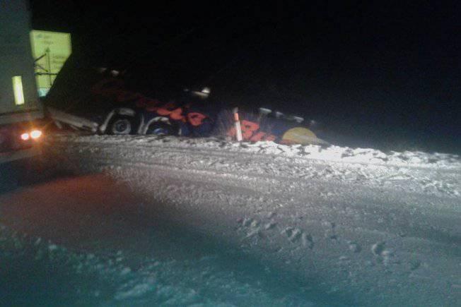 Autobus sletio s ceste pokraj Slanoga, ozlijeđen je vozač