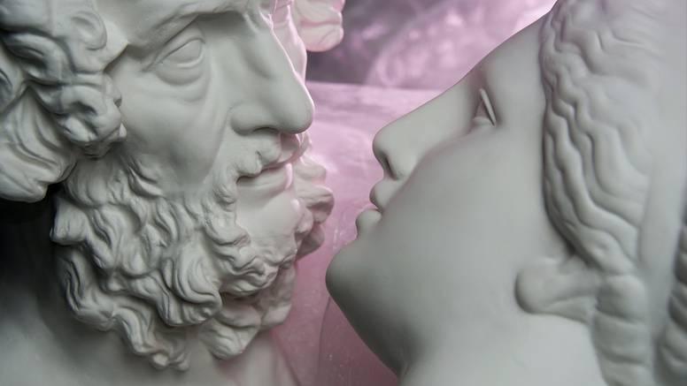 Vruće priče iz doba antike: Od orgija, prostitucije i analnog seksa do erotske salate...