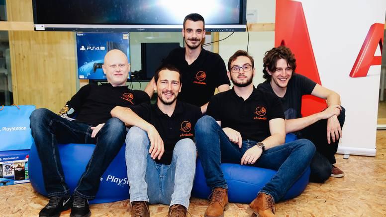 Domaće snage izradile Play Station joystick prilagođen osobama s invaliditetom