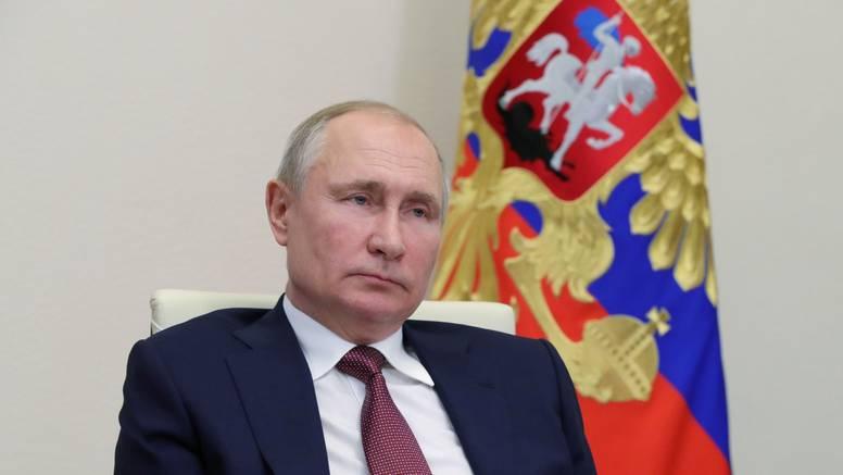 Češka je protjerala 18 ruskih diplomata: Postoje sumnje da su Rusi sudjelovali u eksploziji