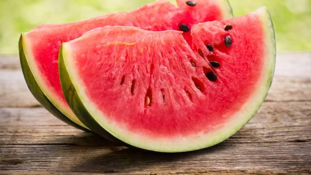 Trikovi kako zamrznuti lubenicu i za što ju sve možete koristiti