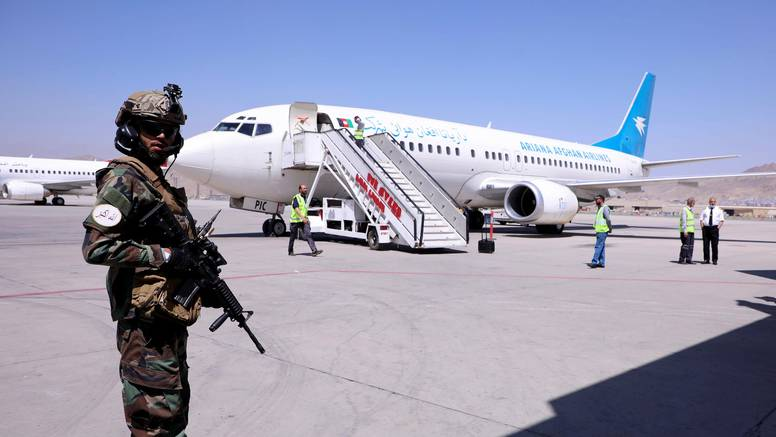 Iz Afganistana poletio prvi komercijalni let, UN upozorava na kršenje ženskih prava