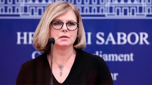 Zagreb: Klub zastupnika SDP-a o temi: Zaštitimo žene žrtve nasilja!