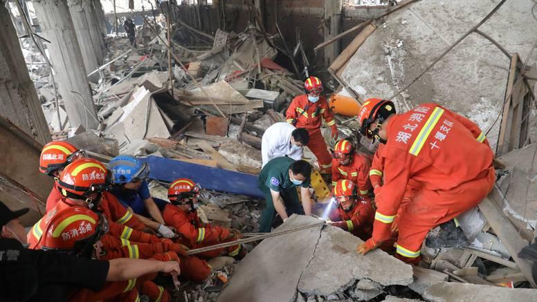 25 mrtvih i razorene zgrade: U Kini uhitili osmero zbog nemara