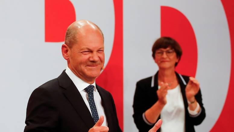 Njemački socijaldemokrati odnijeli tijesnu izbornu pobjedu